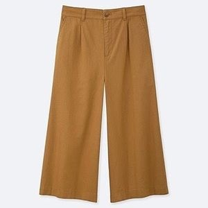 Uniqlo Linen Cropped Wide Pant